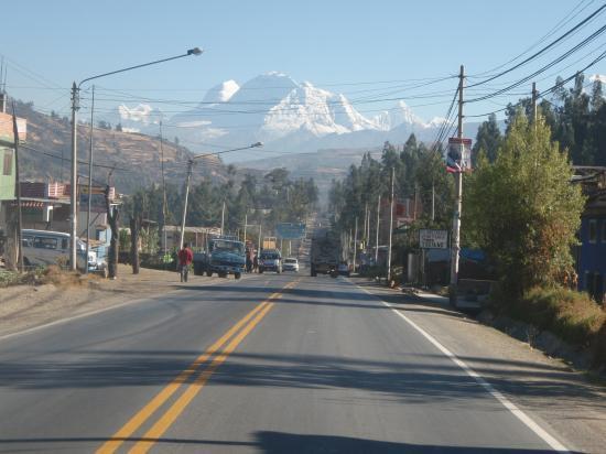 Le Huascaran vue de Huaraz