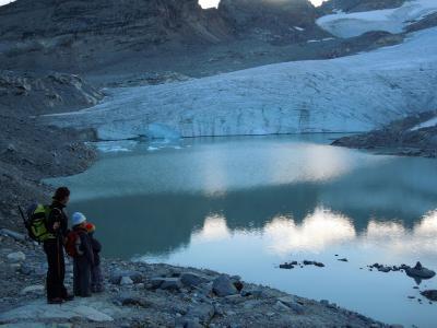 rando-glaciaire-en-famille-glacier-du-grand-mean-3.jpg